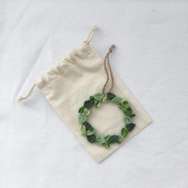 Tiny botanical wreath
