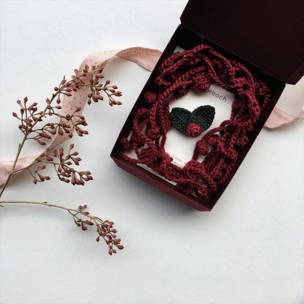 Jewelry Gift Set - Burgundy Leaves Necklace & Winter Berry Brooch