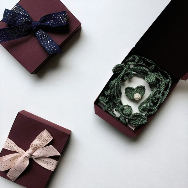 Jewelry Gift Set - Green Leaves Necklace & Beige Berry Brooch