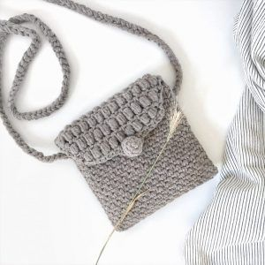 Small crochet summer bag - Gray