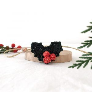 Christmas Holly brooch