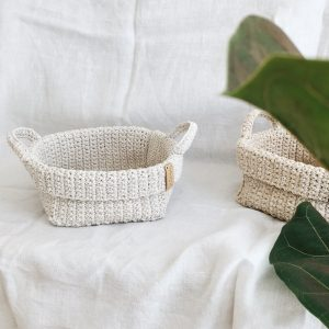 Crochet storage basket with handles Cream
